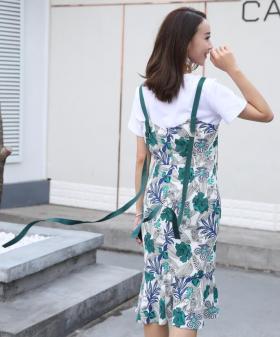 长飘带吊带直筒可爱连衣裙